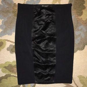 BETSEY JOHNSON Black Pencil Skirt