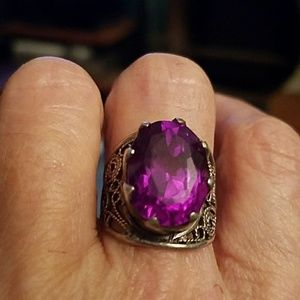 Jewelry - Silver ring with purple faceted stone