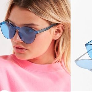 Translucent mono cut round sunglasses