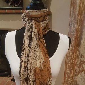 Animal print Scarf New with Tags.