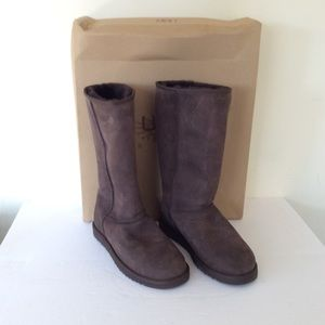Ugg Classic Tall Women's Chocolate Boots 9
