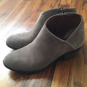 94fddcd0ce1e9d Lucky Brand Shoes - Lucky Brand Brekke Ankle Bootie - Size 7