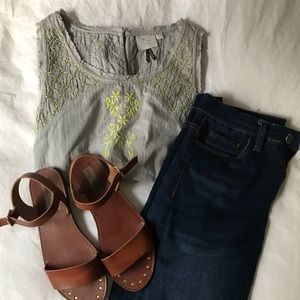 BRAND NEW Anthropologie Embroidered Sleeveless Top