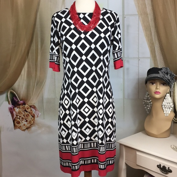R&K Dresses & Skirts - R&K Diamond Print Dress
