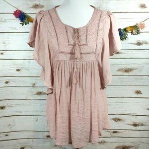 Wallpapher pink boho blouse