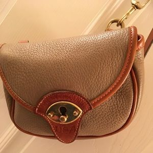 Dooney & Bourke Calvert all leatherCrossbody bag