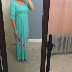 3/4 length sleeve maxi dress