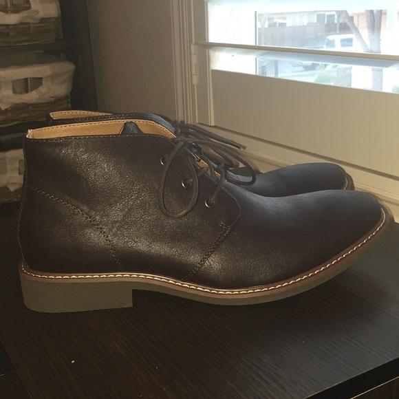 26430544ca7 Massive Sale! Mens Guess chukka boots (NEW)