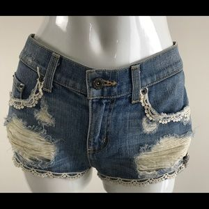 NWT Women's Carmar LF Lace Trim Denim Jean Shorts