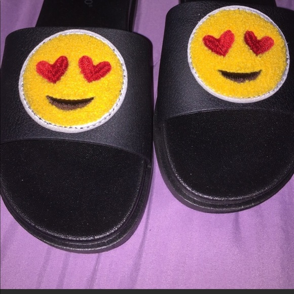 bamboo shoes reserved brand new emoji slides size 7 poshmark