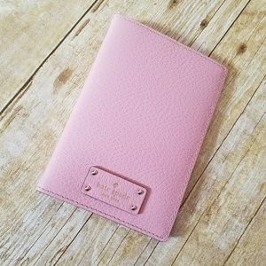 New Kate Spade Pink Passport Holder