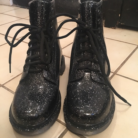 b19fec4ab299 Circus by Sam Edelman Shoes - 💥FINAL PRICE💥 Sparkly Black Combat Boots!