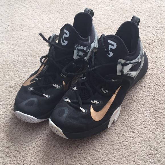 huge discount fa543 1664d Nike hyperrev 2015 PG Edition