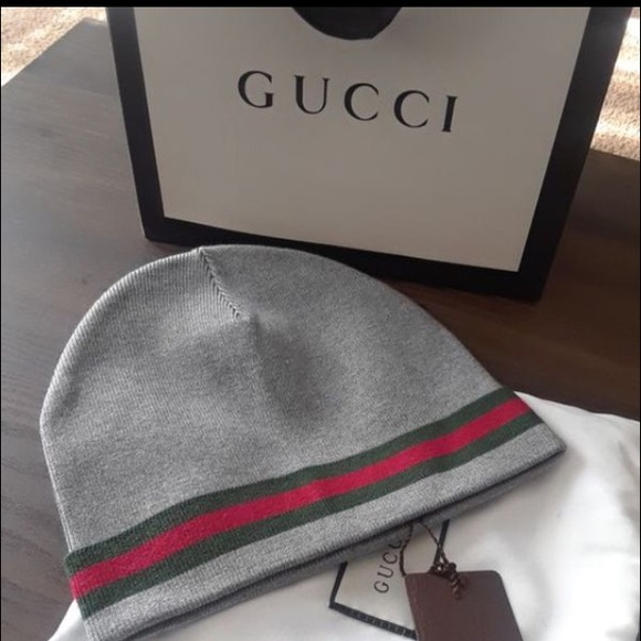 cd41295008e Gucci Other - Gucci skully