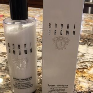 Bobby Brown soothing cleansing milk face wash