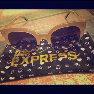 EXPRESS sunglasses and adorable dust bag! New!!