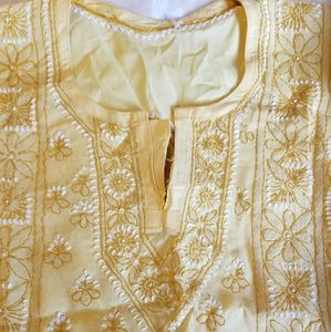 Tops - Embroidered cotton tunic.