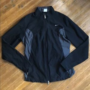 NIKE FIT DRY WOMENS RUNNING JACKET