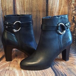 Lauren Ralph Lauren Black Leather Booties 🤗😉🤗