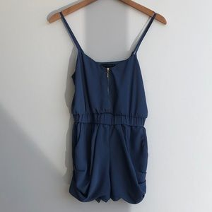 Other - Navy Romper size XS. SO CUTE!