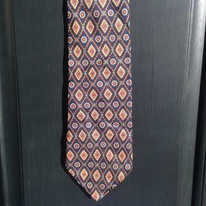 Brooks Brothers 100 % silk tie. 💯