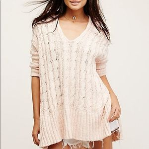 Free People Cable Knit Easy V Neck Sweater  XS