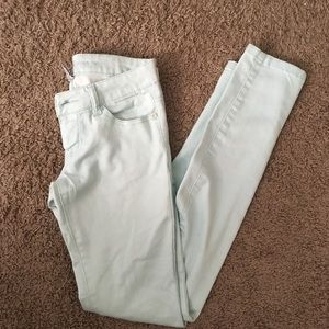 Like new Celebrity Pink Mint Colored Skinny Jeans