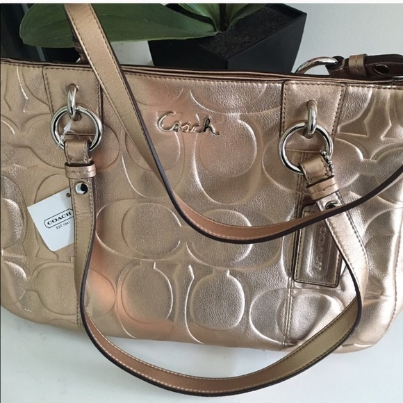 💯new w tag authentic Coach hand bag soft leather b408078fe671f