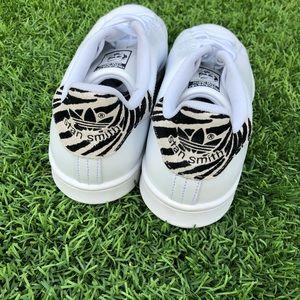 adidas Shoes -  <div class=
