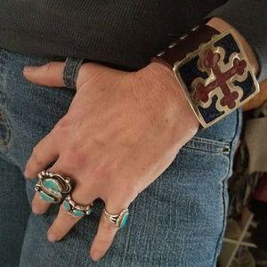 Jewelry - Inlaid Alpaca Trefly Cross Bottany Leather Cuff