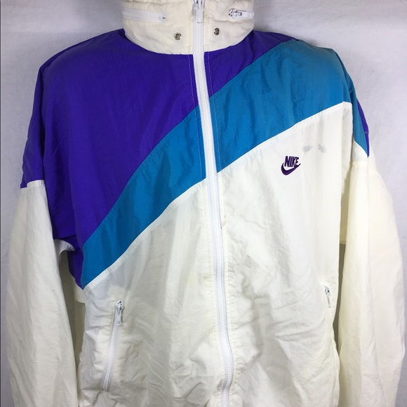 Vintage Nike Color Blocking Women s Windbreaker. M 5a25b899713fde1fb20dcbbf aeb2e853e7