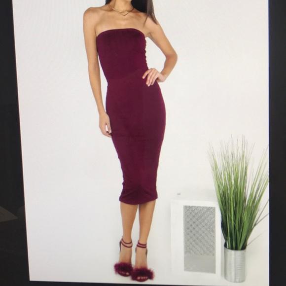 b052b4542682 Strapless tube top bodycon midi dress. M 5a25b917f739bcc5030dc563