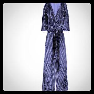 Zara, blue velvet jumpsuit! ✨