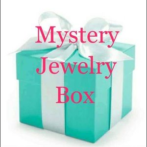10 Wholesale Boutique Jewelry Items