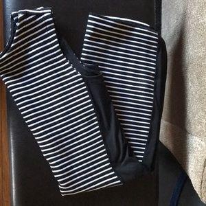 Black and white stripe bodycon dress