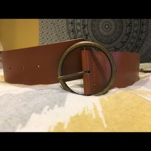Forever 21 Brown Belt with Circular Clasp *NEW!*