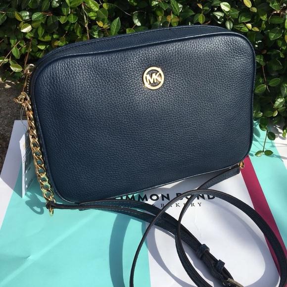 93763a286ef530 Michael Kors Bags | New Pebbled Leather Crossbody Purse | Poshmark