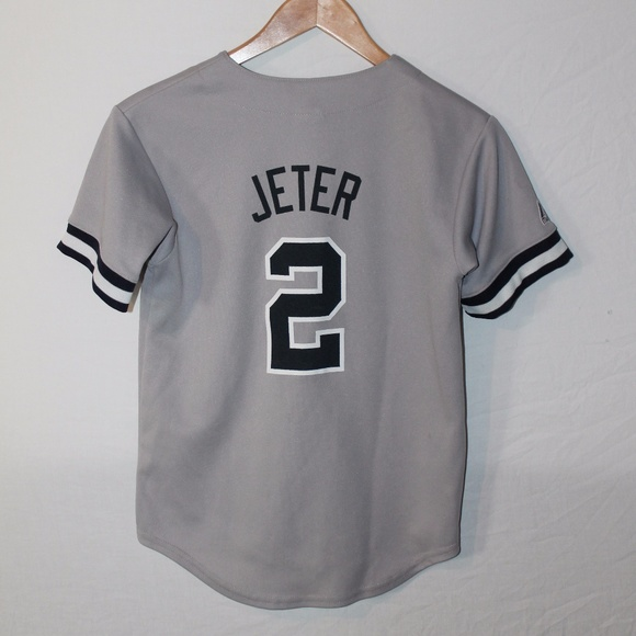 check out 34563 2e38c NY Yankees sz M, authentic Jeter jersey