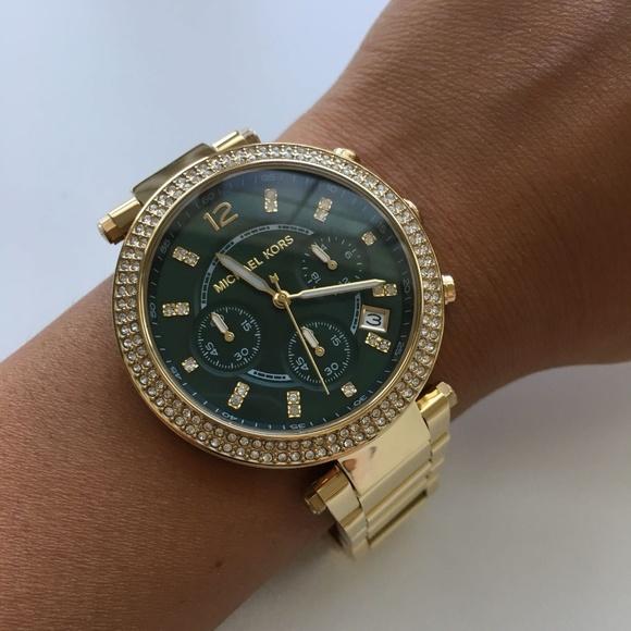 b10cc9ff987d Brand New Michael Kors Gold Ladies Watch MK6263