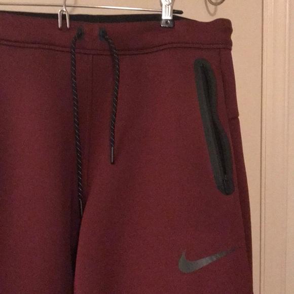 987b6178f594 Men s maroon Nike Therma fit joggers. M 5a25cb653c6f9f665b0e1f2b