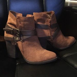 Mossimo Supply Co. brown heeled boots