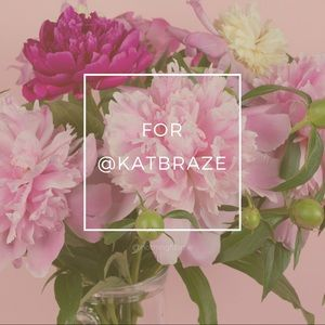 Dresses & Skirts - Listing for @katbraze