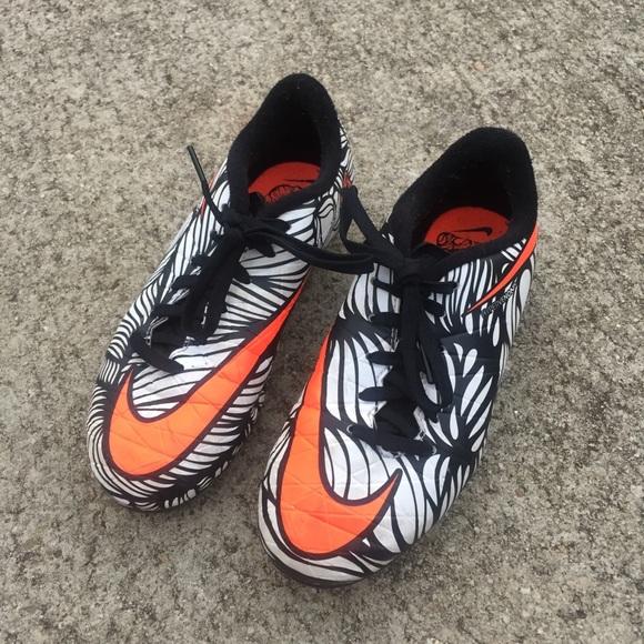 la moitié c3450 000f4 Nike Hypervenom Neymar Soccer Cleats 2.5 Y