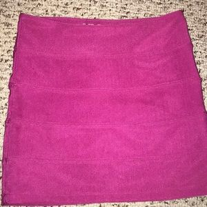 Guess banded hot pink skirt