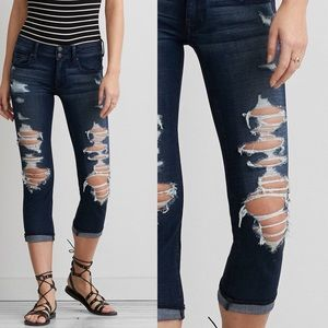 {American Eagle} Artist crop jeans
