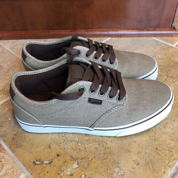 1d4e9da844 Vans Men s Atwood Deluxe Ultra Cush Skate Shoe. M 5a25dd18fbf6f970d00e50a1