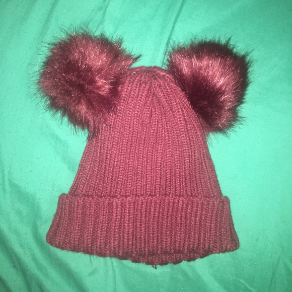 Charlotte Russe Accessories - Double puff hat 11d483379ce