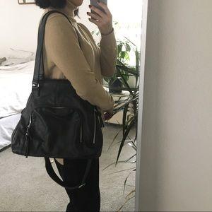 SALE! Large Black Purse/Bag w/ Zippers