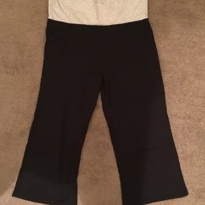 Women's black flare yoga crop pants