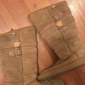 EMU wool boots. Good condition AUTHENTIC